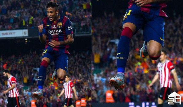 Neymar Jr. (Barcellona) - Nike Hypervenom II Phantom Silver Storm Pack