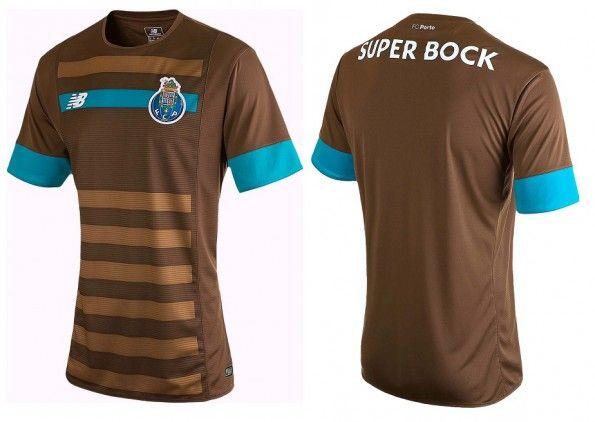 Seconda maglia Porto 2015-2016 marrone