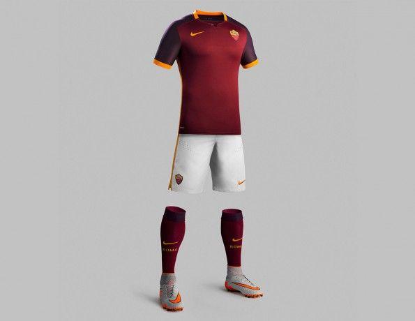 Divisa AS Roma home 2015-16 Nike