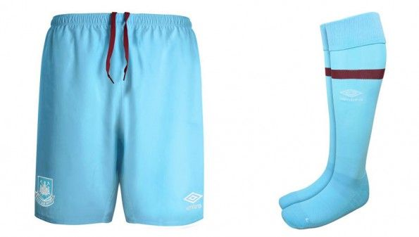 Pantaloncini calzettoni West Ham celesti away 2015-16