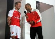 Henry scherza con Monreal