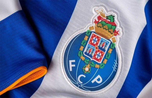 Stemma Porto maglia 2015-16