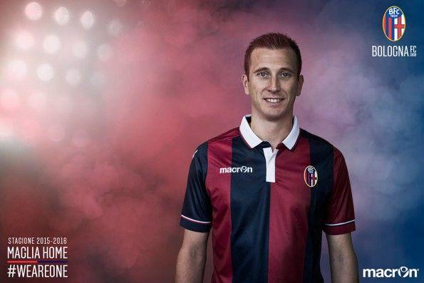 Presentazione ufficiale maglia Bologna 2015-2016
