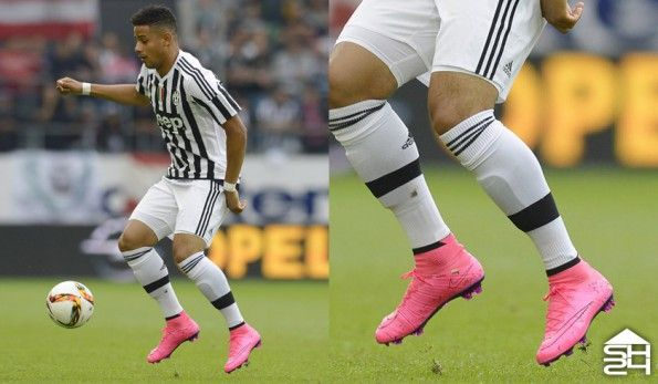 Andres Tello (Juventus) - Nike Mercurial Superfly IV