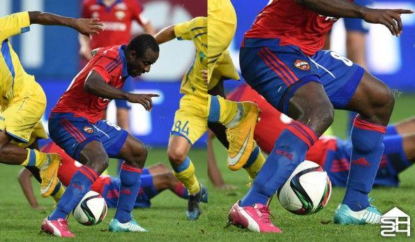 Seydou Doumbia (CSKA Mosca) - Puma evoSpeed Tricks