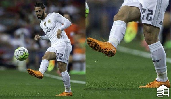 Isco (Real Madrid) - Nike HyperVenom Phantom II