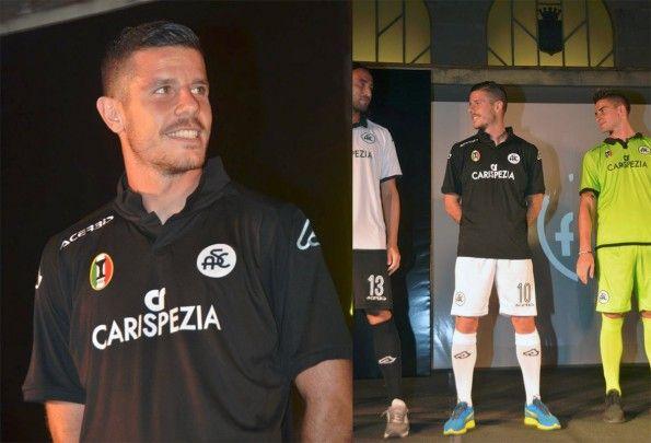 Seconda maglia Spezia 2015-2016