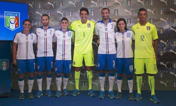 Presentazione maglia away Italia 2016 Puma