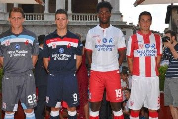 Kit Vicenza Calcio 2015-2016