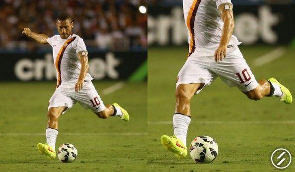Totti con le Nike Tiempo Legend V