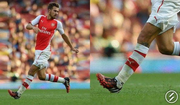 Ramsey indossa scarpe Predator