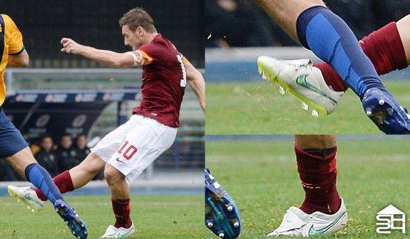 Totti (Roma) Nike Tiempo Legend V Custom