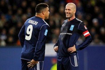 Zidane e Ronaldo sorridono