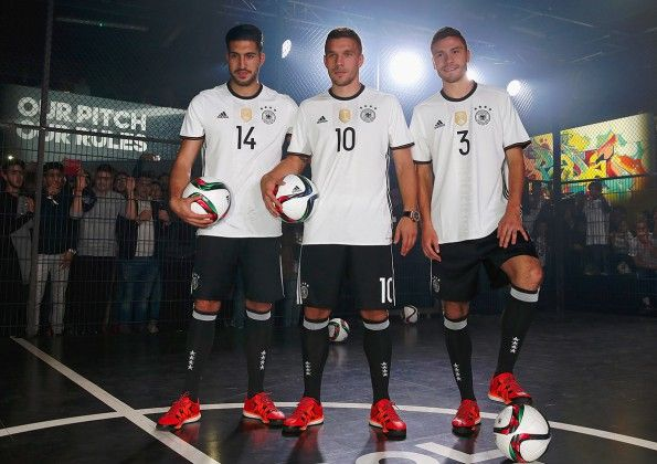 Divisa Germania Europei 2016 home