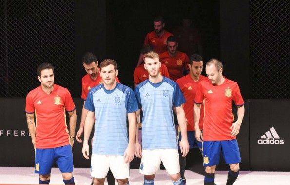 Divisa portiere Spagna Euro 2016