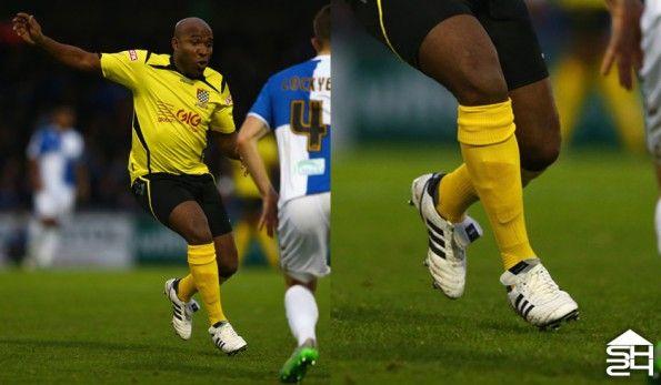 Barry Hayles (Chesham United) - adidas copa mundial