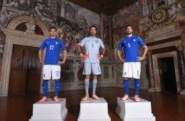 Presentazione maglia Italia Euro 2016 a Firenze