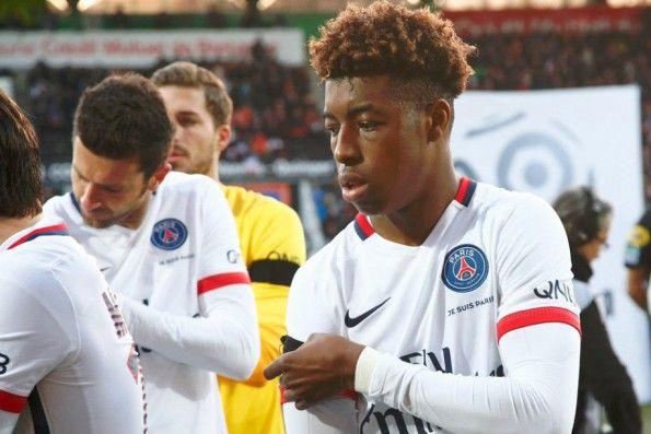 """Scritta """"Je Suis Paris"""" sulla maglia del PSG"""