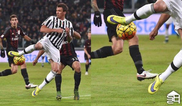 Mario Mandzukic (Juventus) - Nike HyperVenom Phantom