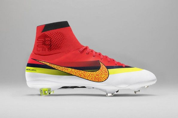 Le Mercurial CR7 rivisitate in chiave moderna