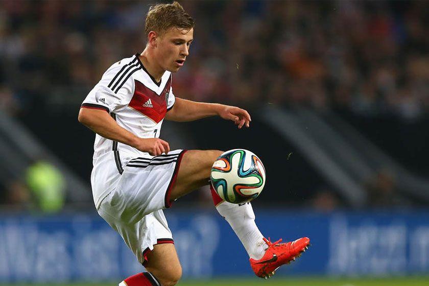 Max Meyer - Schalke 04