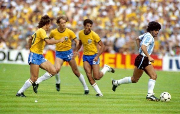 Le scarpe Puma King di Maradona, Brasile-Argentina