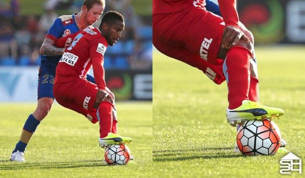 Harry Novillo (Melbourne City) - Puma EvoAccuracy MB45