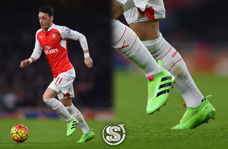Mesut Özil (Arsenal) - adidas ACE PureControl
