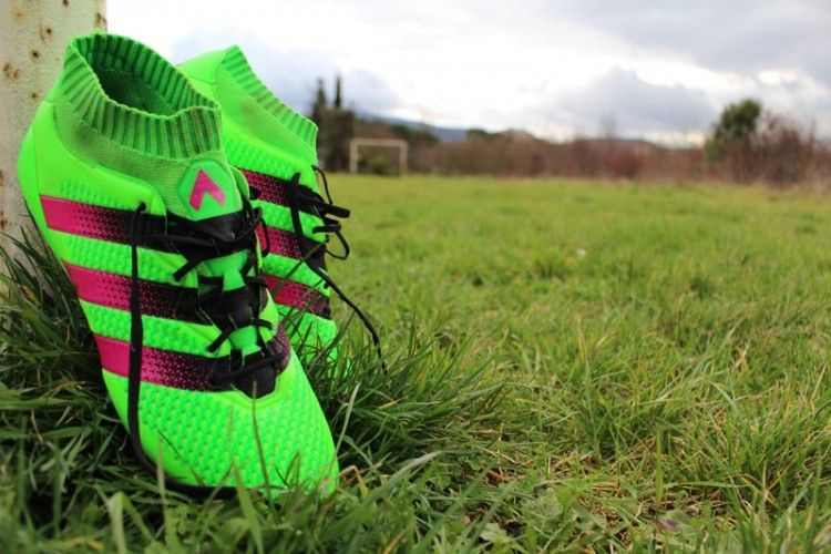adidas Ace16 Primeknit in campo