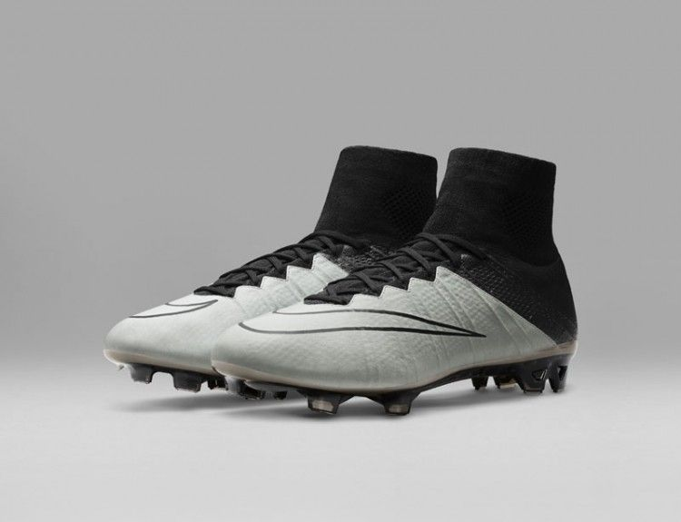 Mercurial Superfly Tech Craft Pack bianco e nero