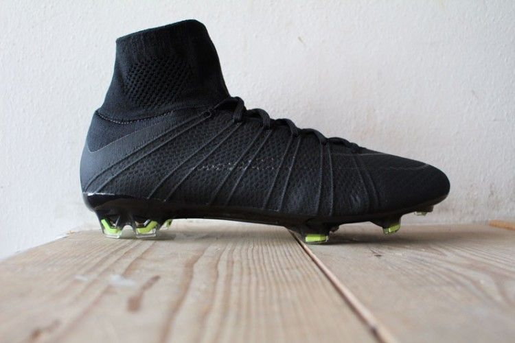 Nike Mercurial Superfly Black Academy Pack