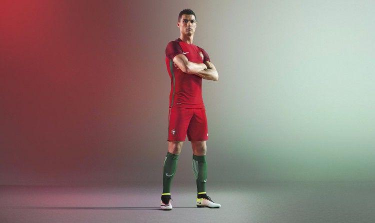 Cristiano Ronaldo, divisa Portogallo 2016-2017