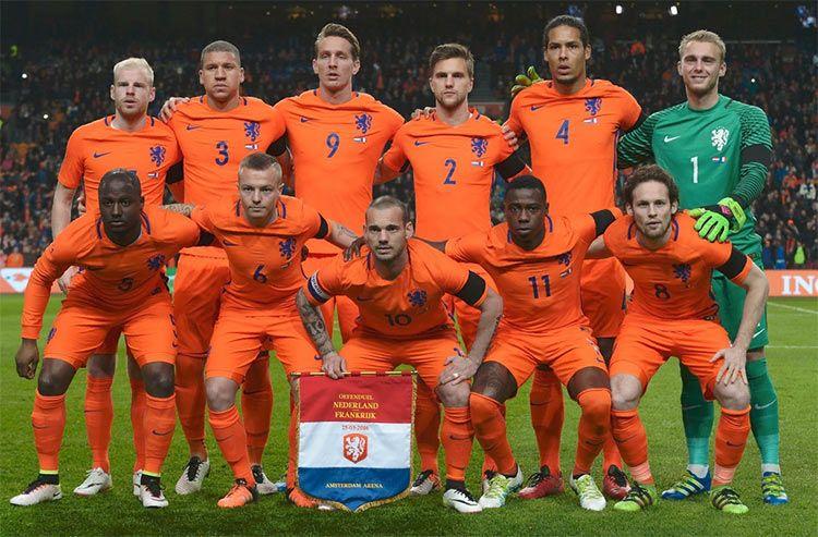 Formazione Olanda, amichevole Francia