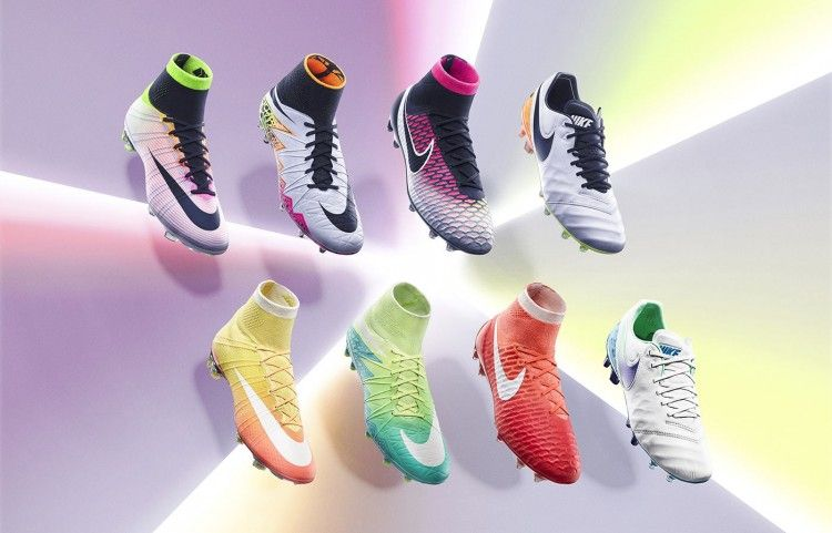 Radiant Reveal Pack di Nike