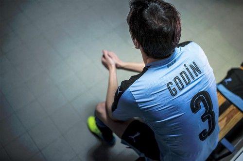 Uruguay Godin concentrazione spogliatoio