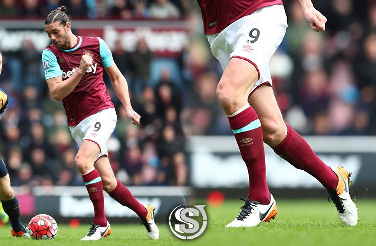 Andy Carroll (West Ham) - Nike Tiempo Legend VI