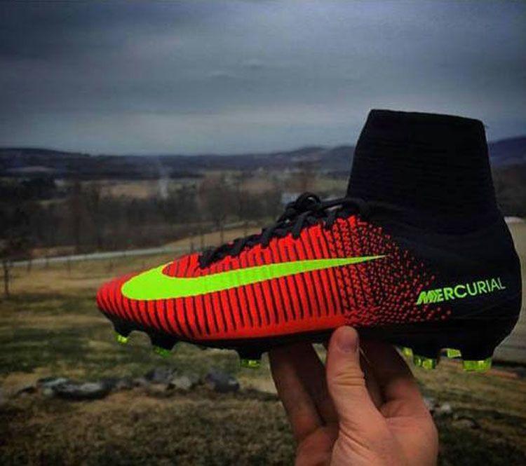 Nike_Mercurial_Superfly_V