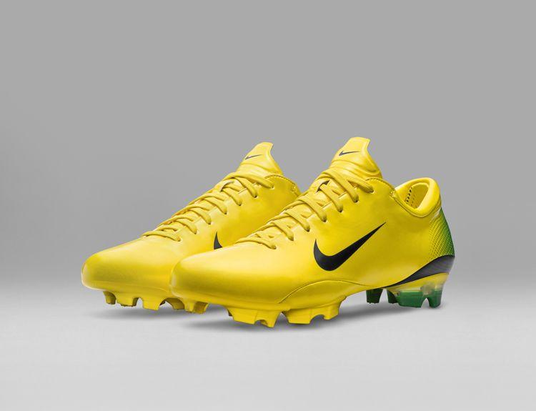 2006_Nike_Mercurial_Vapor_III__original