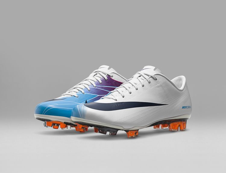 2011_Nike_Mercurial_Vapor_Superfly_II_original