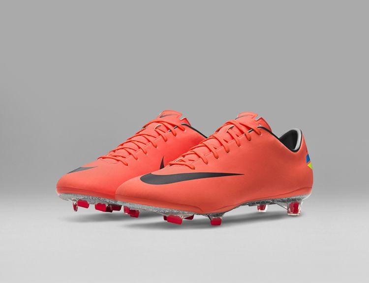 2011_Nike_Mercurial_Vapor_VIII_original