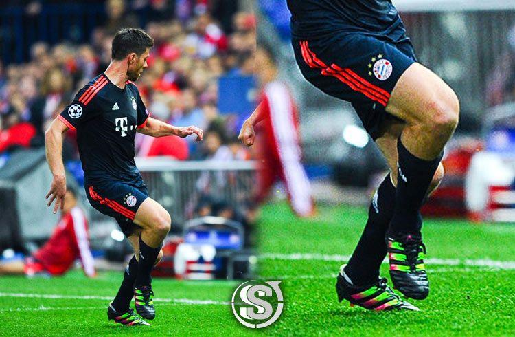 Xabi Alonso (Bayern Monaco) - adidas ACE 16.1