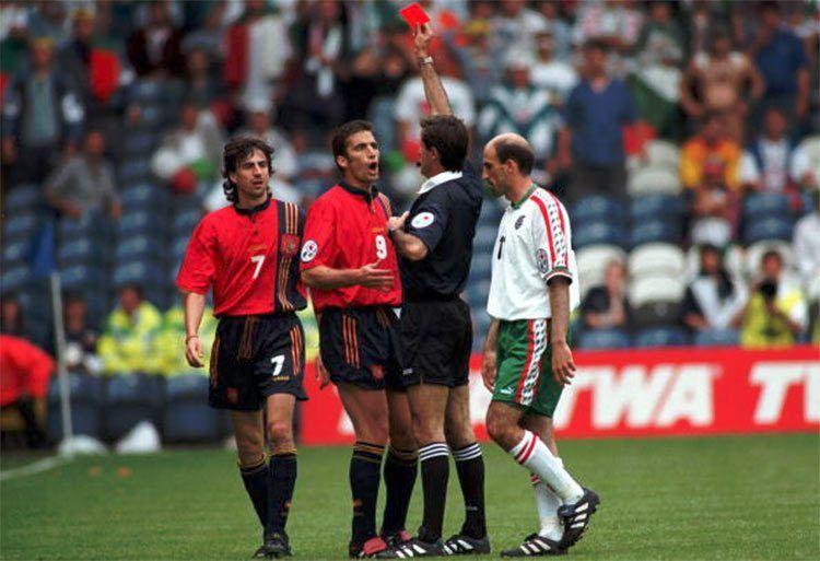 Spagna-Bulgaria, espulsione Pizzi 1996