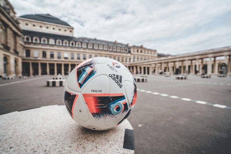 Pallone adidas Fracas Euro 2016