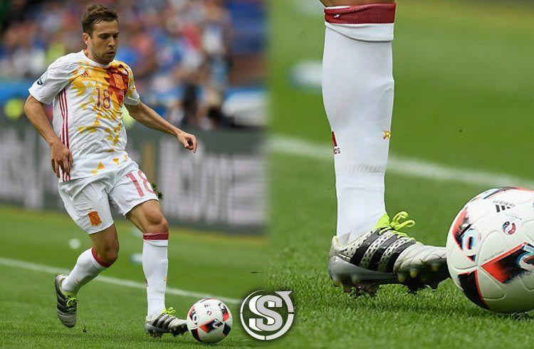 Jordi Alba (Spagna) - adidas ACE 16.1