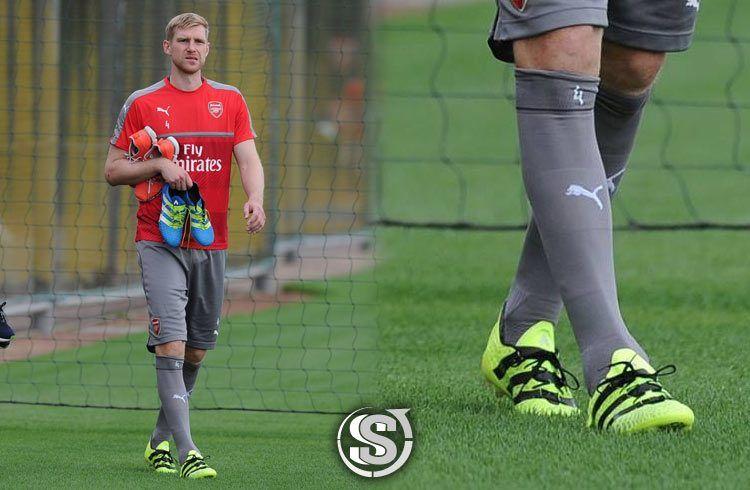 Per Mertesacker (Arsenal) - adidas ACE 16.1