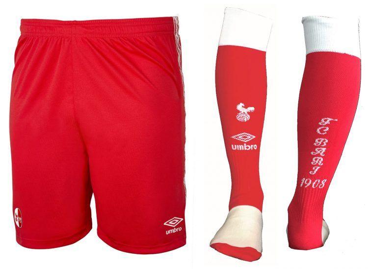Bari pantaloncini e calzettoni rossi away 2016-17