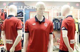 Presentazione terza maglia Genoa 2016-17