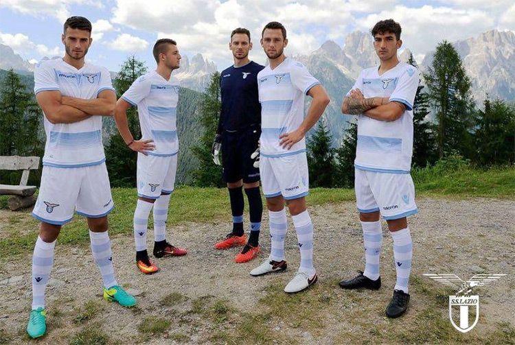La nuova terza maglia della SS Lazio 2016-17
