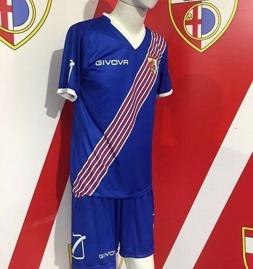 Mantova Calcio terza maglia blu 2016-2017