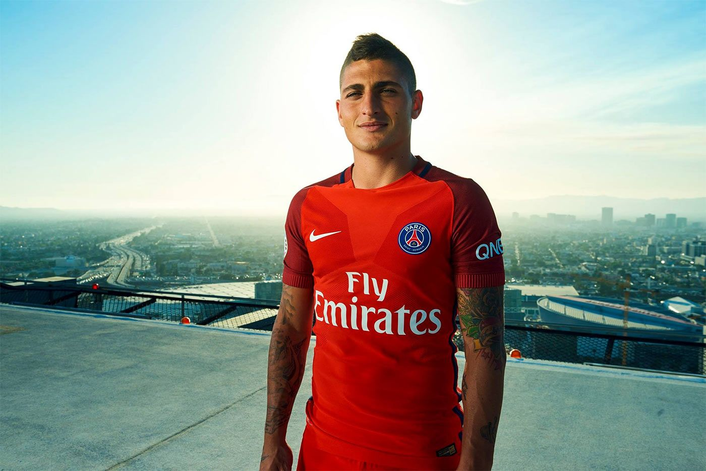 Verratti con la divisa away del Paris Saint-Germain 2016-17